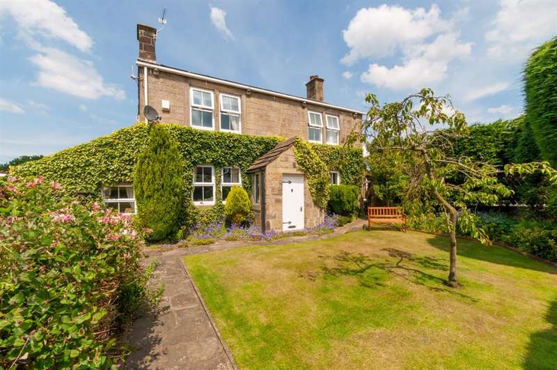 3 Bedrooms Detached House for sale in Patience Cottage, West End Lane, Horsforth, LS18