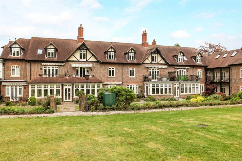 2 Bedrooms Flat for sale in Bramley Grange, Horsham Road, Guildford, Surrey, GU5