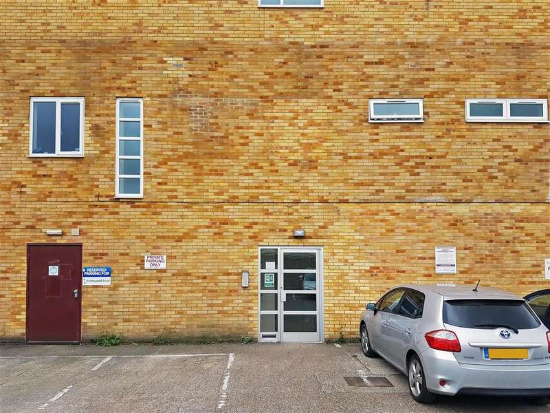 2 Bedrooms Apartment Flat for sale in Russell Place, Fareham, Hampshire