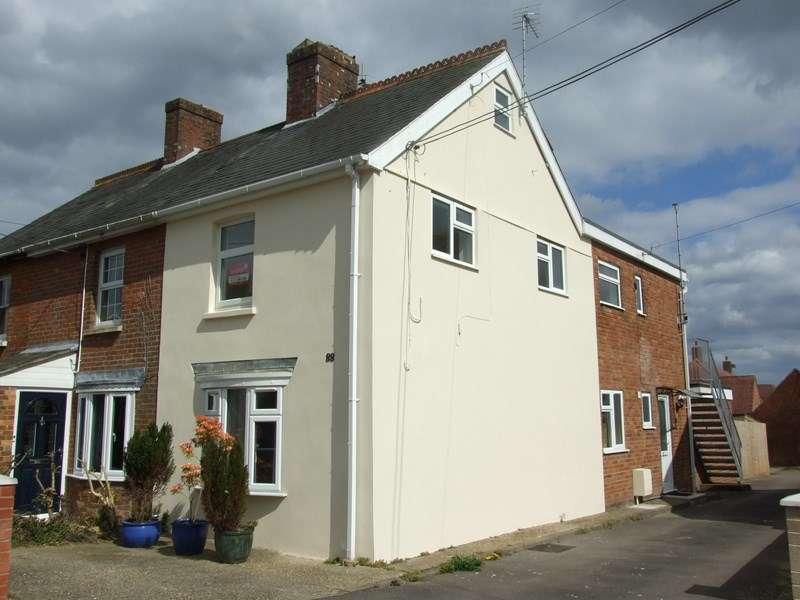2 Bedrooms Flat for sale in Wareham Road, Lytchett Matravers, Poole
