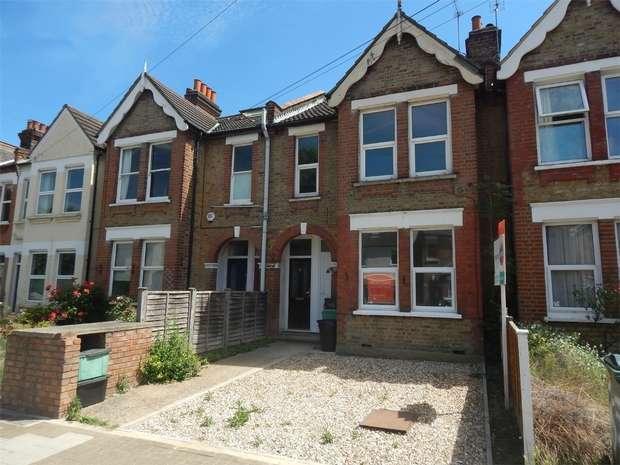 2 Bedrooms Maisonette Flat for sale in Ravenscroft Road, Beckenham, Kent