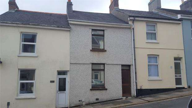2 Bedrooms Terraced House for sale in Riga Terrace, Plymouth, Devon