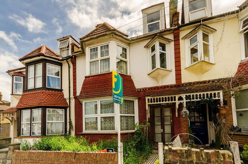 4 Bedrooms Terraced House for sale in Cavendish Avenue, New Malden, KT3