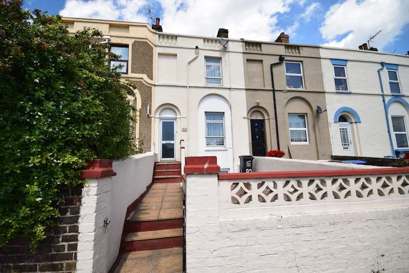 3 Bedrooms Terraced House for sale in boundary road, RAMSGATE, Kent, CT11