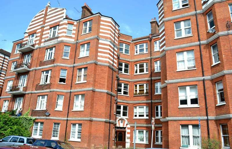 2 Bedrooms Flat for sale in Albert Palace Mansions, Battersea, SW11