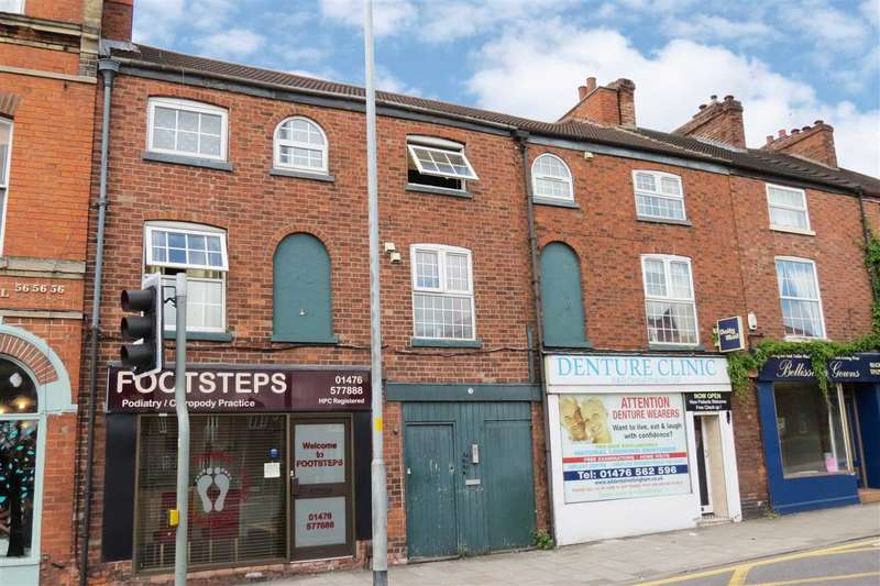 Studio Flat for sale in North Street, Grantham