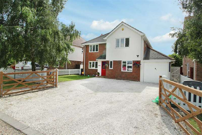 5 Bedrooms Detached House for sale in New Thorpe Avenue, Thorpe-Le-Soken