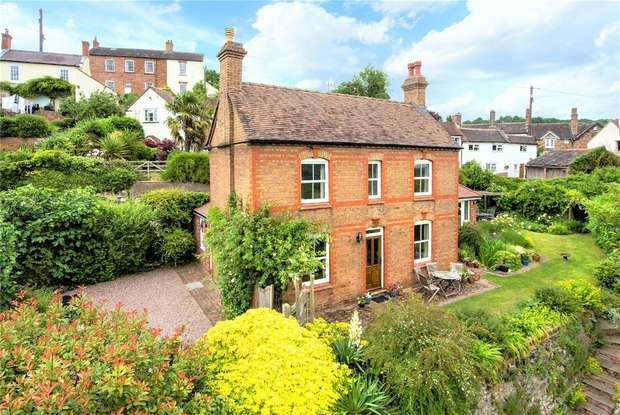 3 Bedrooms Detached House for sale in 10 Hillside, Ironbridge, Shropshire