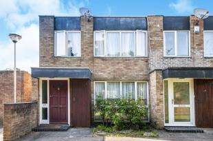 3 Bedrooms End Of Terrace House for sale in Turnpike Link, Croydon
