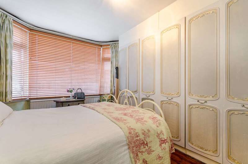 3 Bedrooms House for sale in Chartham Road, South Norwood, SE25