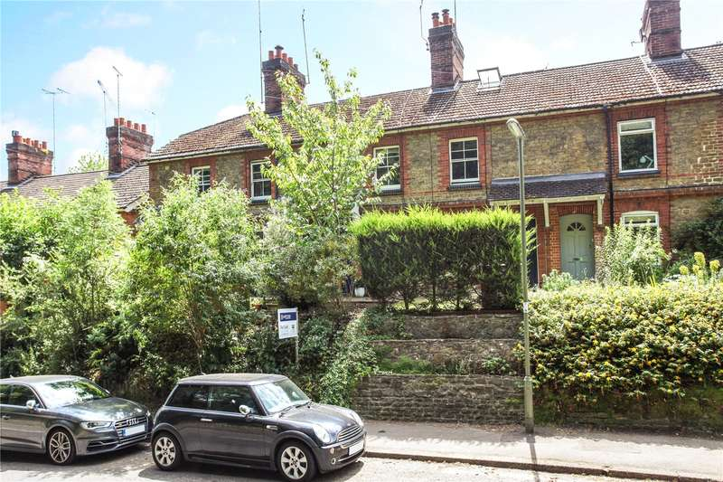 2 Bedrooms Terraced House for sale in Eashing Lane, Godalming, Surrey, GU7