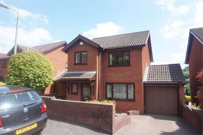 3 Bedrooms Detached House for sale in Beechwood Close, Newbridge, Newport, NP11