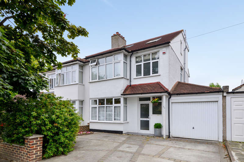4 Bedrooms Semi Detached House for sale in Thaxted Road, London, SE9 3PT