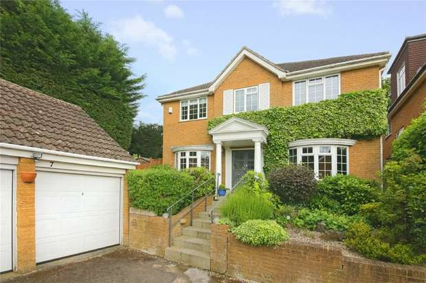 5 Bedrooms Detached House for sale in Hadley Close, Elstree, BOREHAMWOOD, Hertfordshire