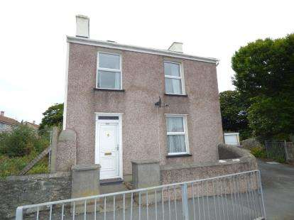 2 Bedrooms Detached House for sale in London Road, Holyhead, Anglesey, LL65