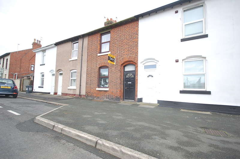 2 Bedrooms Terraced House for sale in Blakiston Street, Fleetwood
