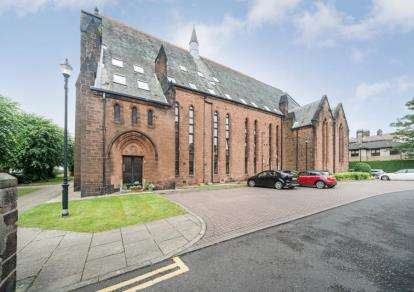 4 Bedrooms Flat for sale in Greenlaw Avenue, Paisley