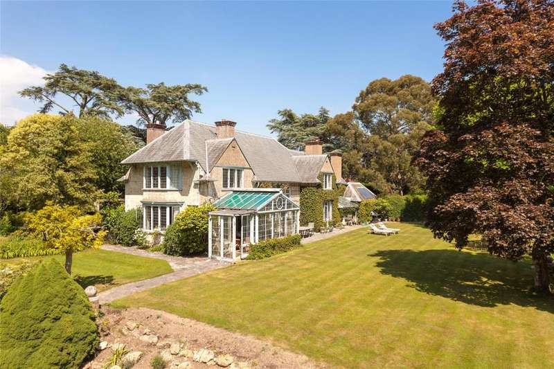 4 Bedrooms Detached House for sale in School Hill, Slindon, West Sussex, BN18