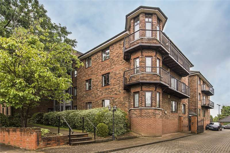 2 Bedrooms Flat for sale in Beechcroft House, 47-49 Park View Road, Ealing, W5