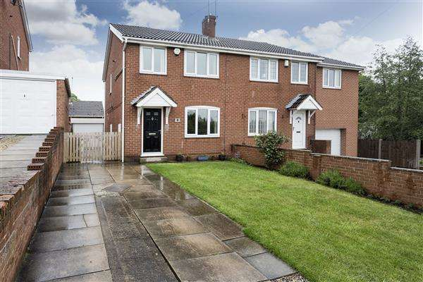 3 Bedrooms Semi Detached House for sale in Rosedale Close, Upton