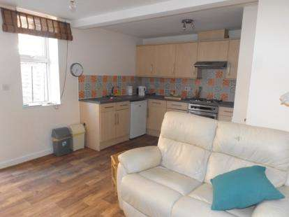 1 Bedroom Flat for sale in 8-12 Cabbell Road, Cromer, Norfolk