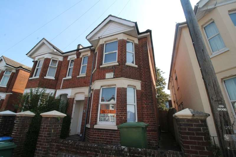 5 Bedrooms Property for rent in Newcombe Road, Southampton, SO15