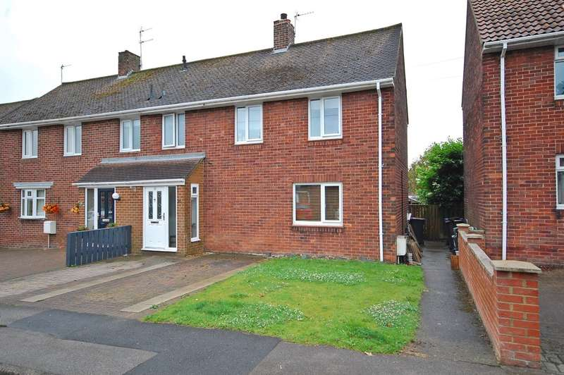 3 Bedrooms Semi Detached House for sale in Caterhouse Road, Framwellgate Moor, Durham