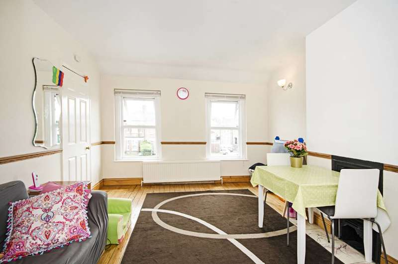 1 Bedroom Maisonette Flat for sale in East Barnet Road, East Barnet, EN4