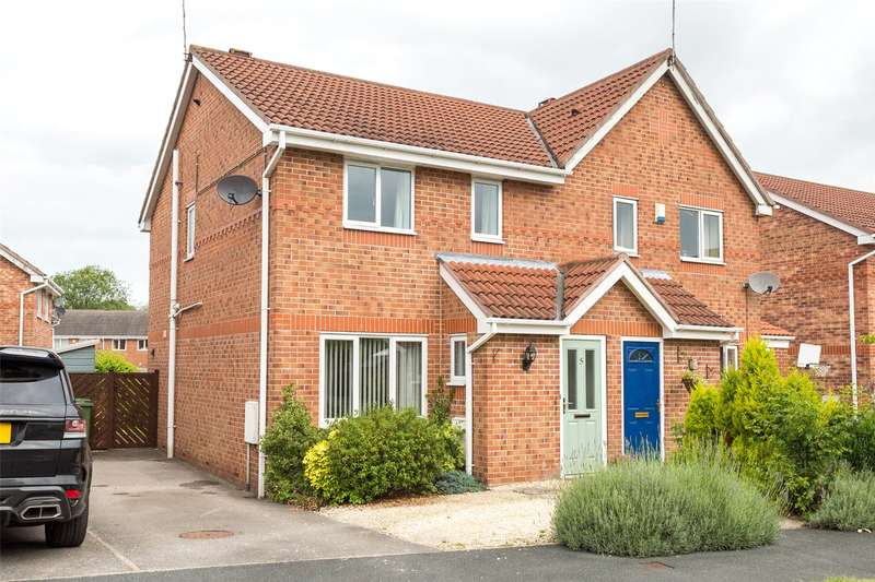 3 Bedrooms Semi Detached House for sale in Darwin Close, Huntington, York, YO31