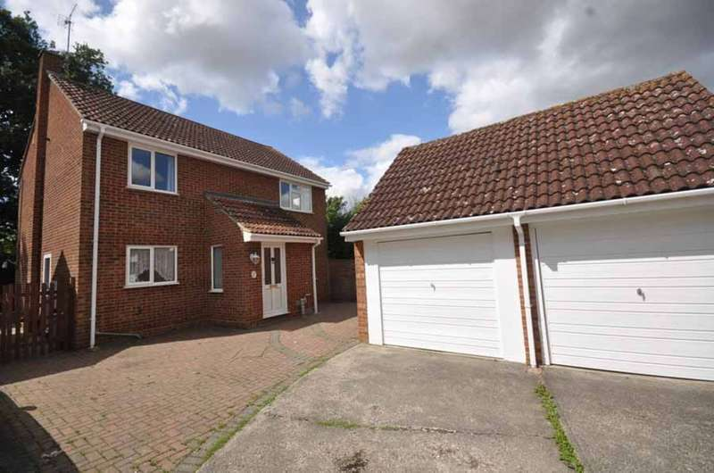 4 Bedrooms Detached House for sale in Rydal Way, White Court, Braintree, CM77