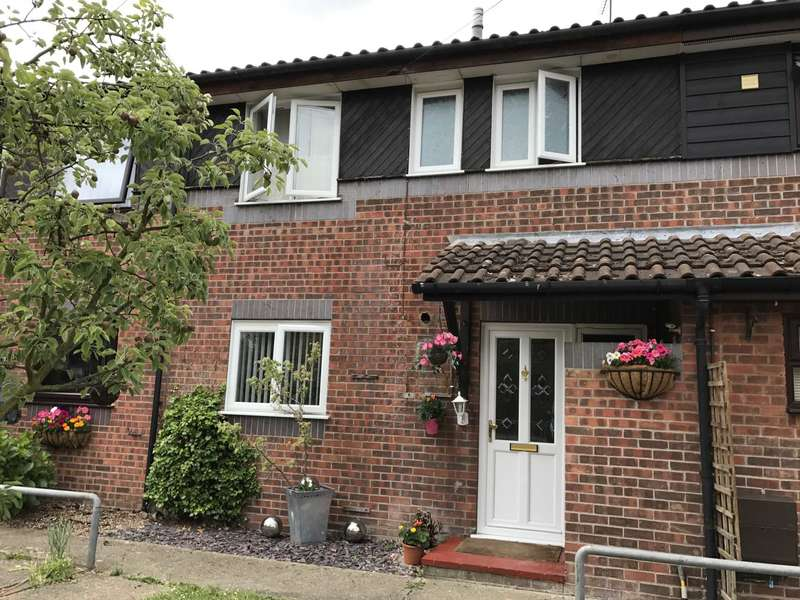 2 Bedrooms Terraced House for sale in Dolphin Gardens, Billericay