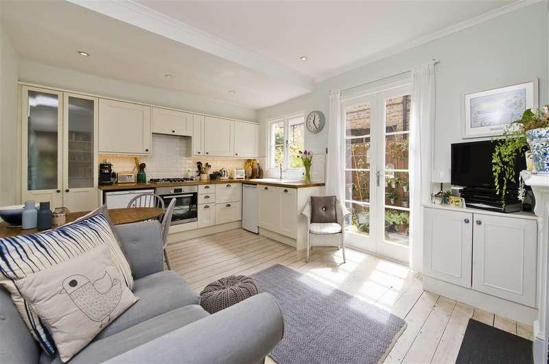 2 Bedrooms Maisonette Flat for sale in Oaklands Grove, Shepherd's Bush