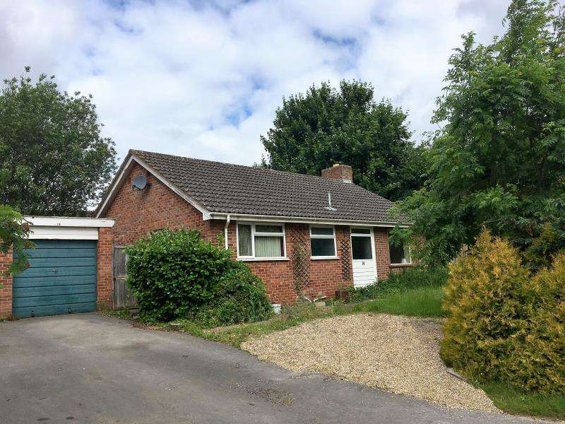 2 Bedrooms Detached House for sale in Great Mead, Bishops Hull, Taunton, Somerset, TA1 5HE