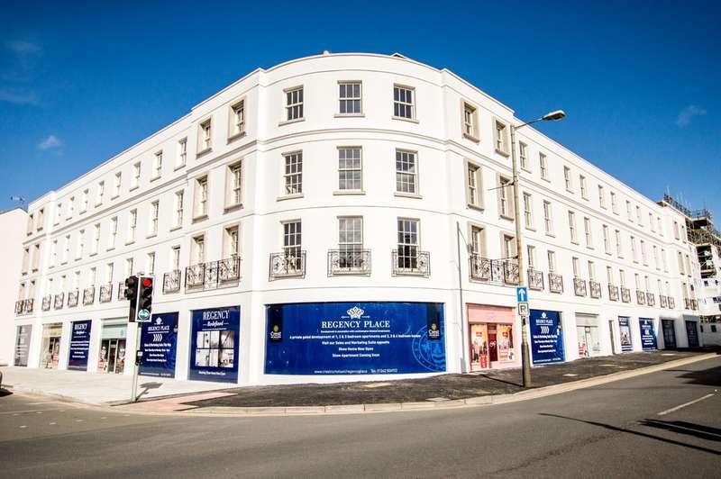 2 Bedrooms Flat for sale in Regency Place, Cheltenham, GL52 2NE