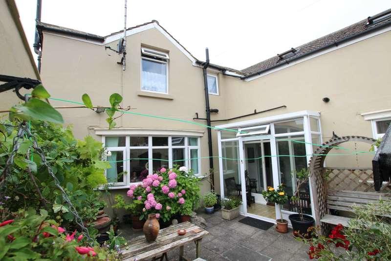 3 Bedrooms House for sale in Selwyn Road, Eastbourne, BN21 2LA