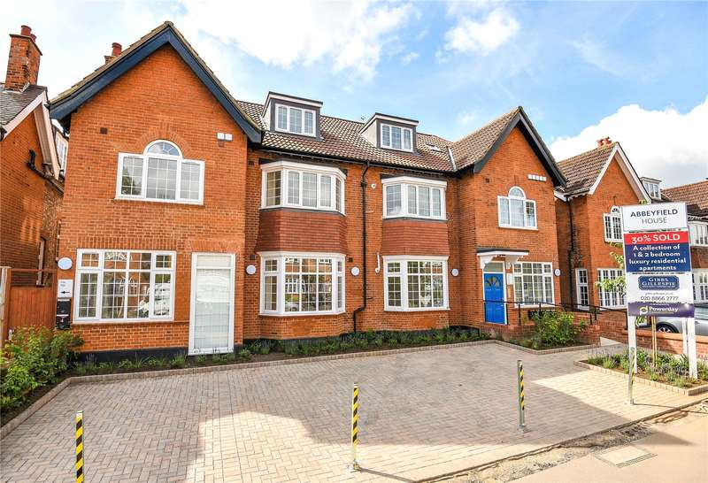 2 Bedrooms Apartment Flat for sale in Abbeyfield House, 32-34 West End Avenue, Pinner, Middlesex, HA5