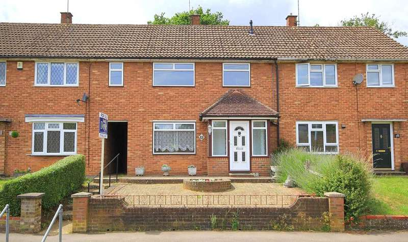 3 Bedrooms House for sale in 3 BED HOME CENTRAL BOXMOOR LOCATION NEARLY 1000 SQ FT IN Crouchfield, HP1