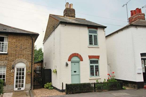 2 Bedrooms Detached House for sale in Church Street, Maldon , CM9