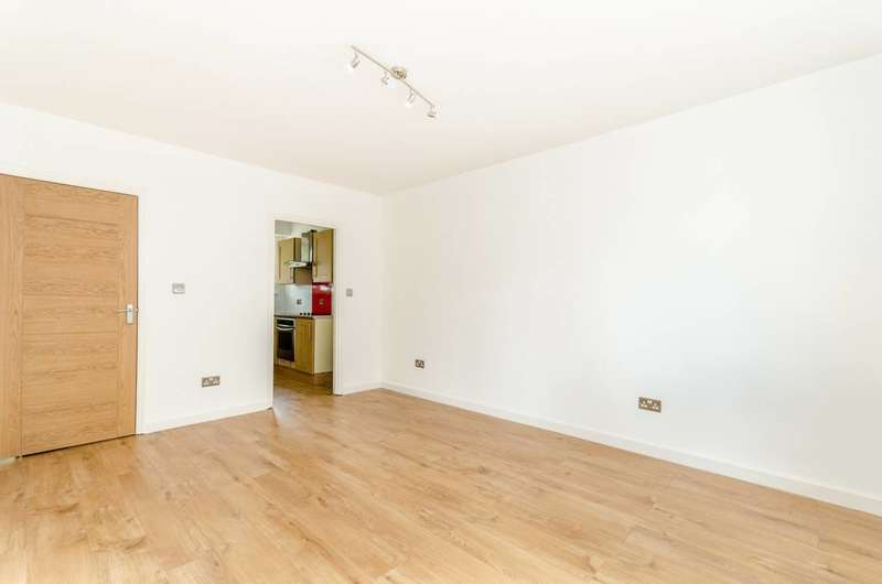 1 Bedroom Flat for sale in Corelli Road, Blackheath, SE3