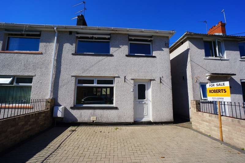 3 Bedrooms Semi Detached House for sale in Ty Isaf Park Road, Risca, Newport, NP11