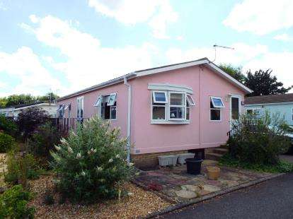 2 Bedrooms Mobile Home for sale in Littleport, Ely, Cambridgeshire