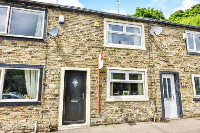 2 Bedrooms Terraced House for sale in Shay Lane, Halifax, West Yorkshire