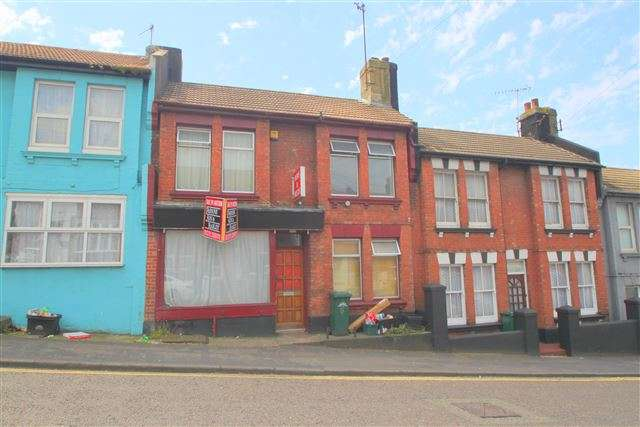 3 Bedrooms Property for sale in Bear Road, Brighton, East Sussex, BN2 4DA