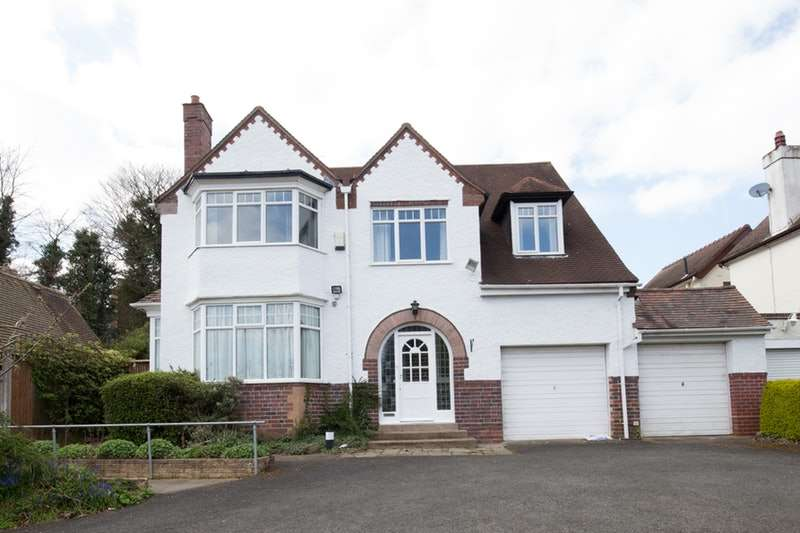 5 Bedrooms Detached House for sale in Grange Hill Road, Birmingham, West Midlands, B38