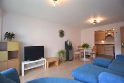 2 Bedrooms Flat for rent in Royal Plaza, 1 Eldon Street, S1 4GB