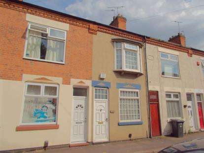 2 Bedrooms Terraced House for sale in Beaumanor Road, Leicester