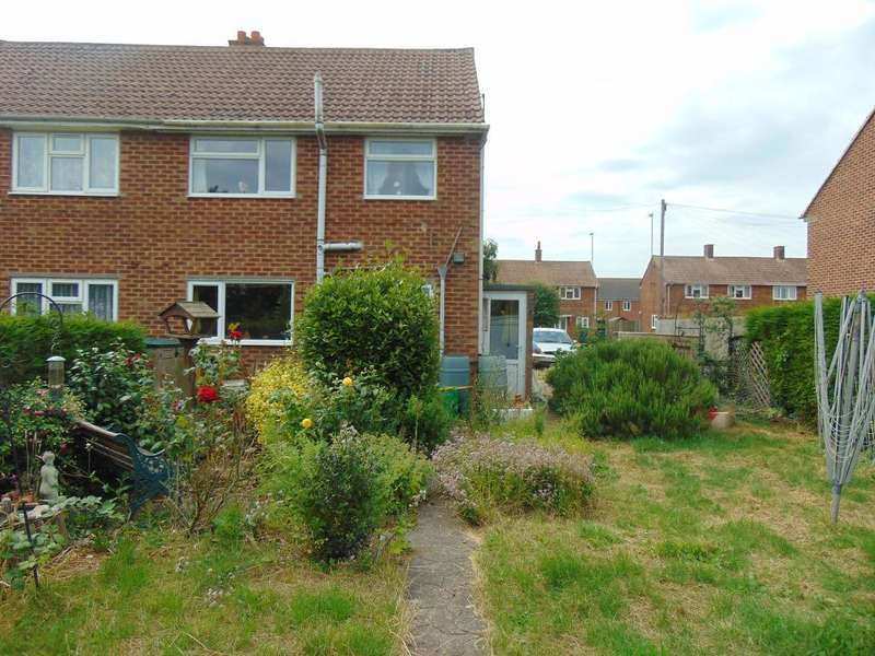 2 Bedrooms Semi Detached House for sale in Churchill Road, Gorefield, Wisbech, Cambs, PE13 4NA