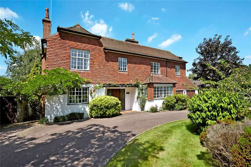 5 Bedrooms Detached House for sale in Rookery Hill, Ashtead, Surrey, KT21