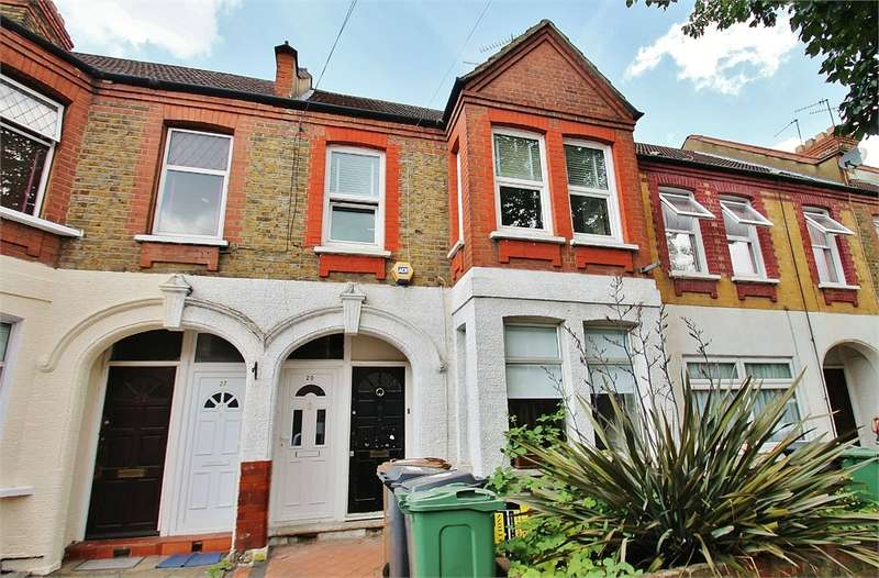 1 Bedroom Flat for sale in Kettlebaston Road, LEYTON E10