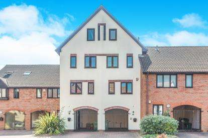 4 Bedrooms Terraced House for sale in Port Solent, Portsmouth, Hampshire